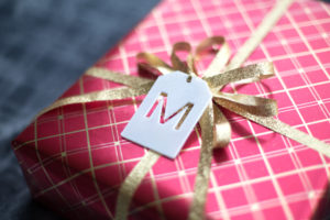 3d-Printed-Project_monogrammed-gift-tag-
