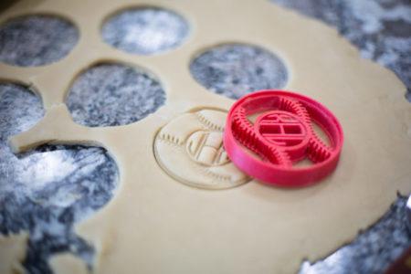 Silhouette ALTA® Stampante 3D a filamento di PLA. Stampa tridimensionale per hobby e decorazione. Stampini per biscotti, scatole, stampi 3D.